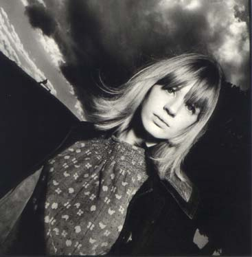 Marianne_Faithful,_1964.jpg